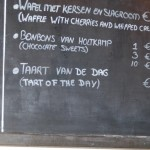 Lunch Menu, Anyone like to eat a TART ? voor de Hollanders a Tart is slang for WHORE. We call it cake, pie or pastry.